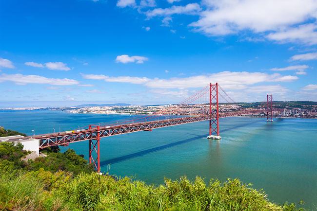 Puente cruzando Lisboa