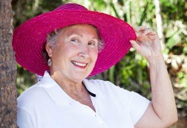abuela lucir atractiva y joven