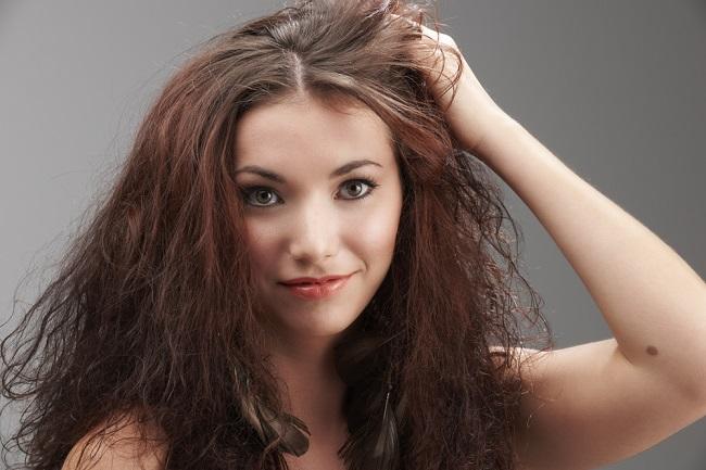 cabello frizz y maltratado