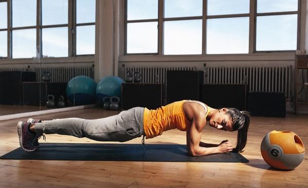 quitar grasa de la panza con plank