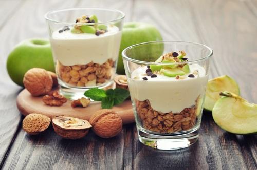 Un desayuno con frutos secos ideal para dietas vegetarianas y veganas