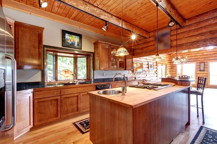 Una cocina rústica con una tendencia más modernista