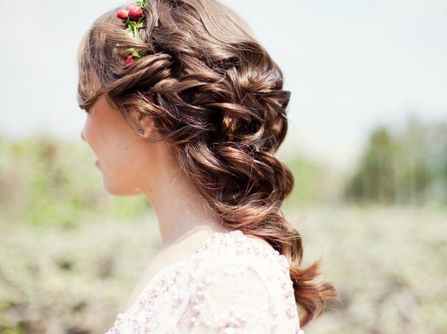 Peinados semirecogidos para bodas invitadas