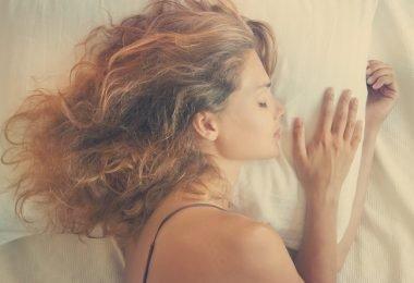 ajo debajo de la almohada 3