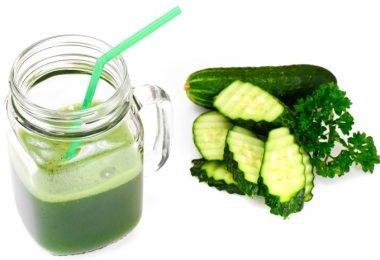 jugo verde de perejil y pepino