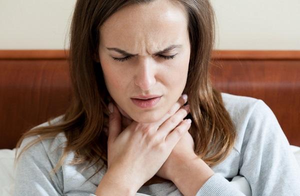 cosquilleo en la garganta