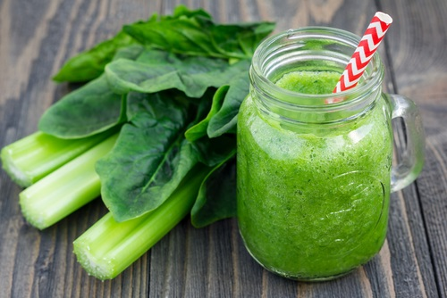 Batido verde, el poider de este batido nos ayuda a comenzar el día llenos de vitalidad