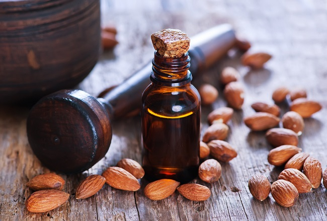 aceite natural de almendras para desmaquillarse