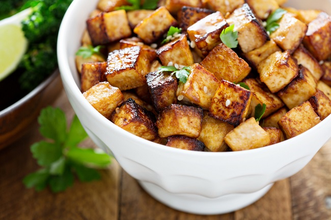 Tofu preparado con hierbas ideal para la dieta blanda