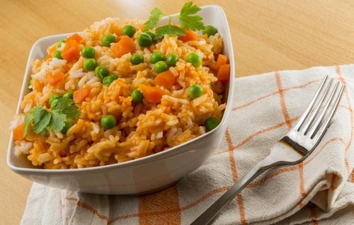 arroz integral para evitar el estreñimiento crónico
