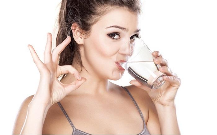 alimentos hidratantes agua