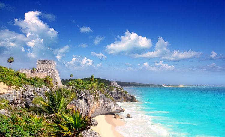 Tulum con unas de sus mejores playas de Cancún