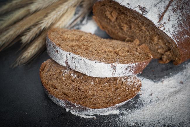 Panes saludables hechos con harina de mandioca para celíacos