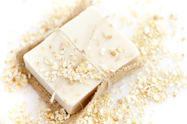 Un jabón de avena ideal para exfoliar la piel