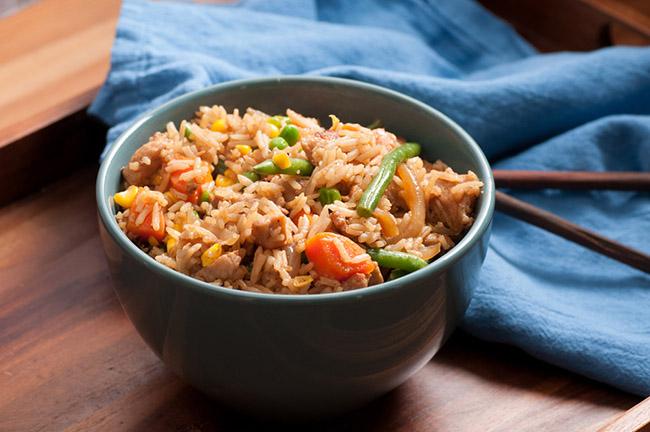 carne de soja y arroz