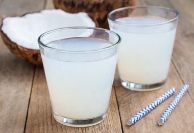 agua energética de coco para aumentar la energía