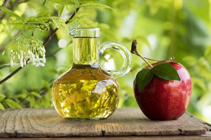 usar vinagre para el jardín, para árboles, plantas y flores