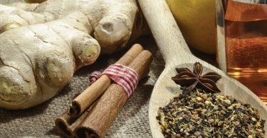 Infusión con canela, jengibre y otras hierbas para bajar de peso