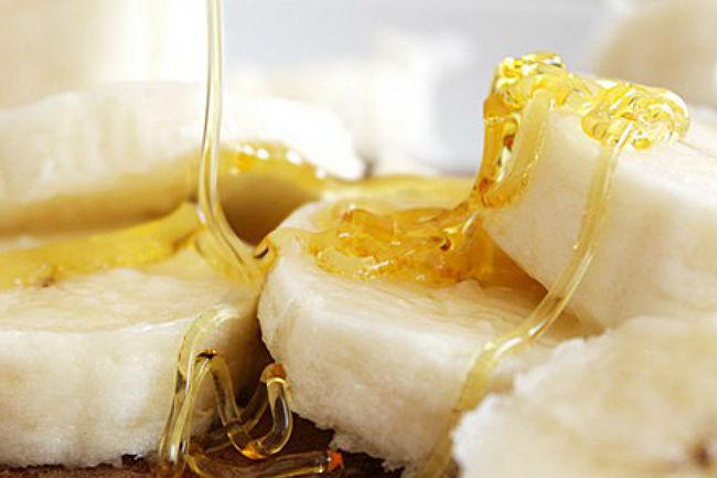 plátanos mezclado con miel para las manos