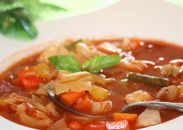 sopa de repollo para la dieta adelgazante