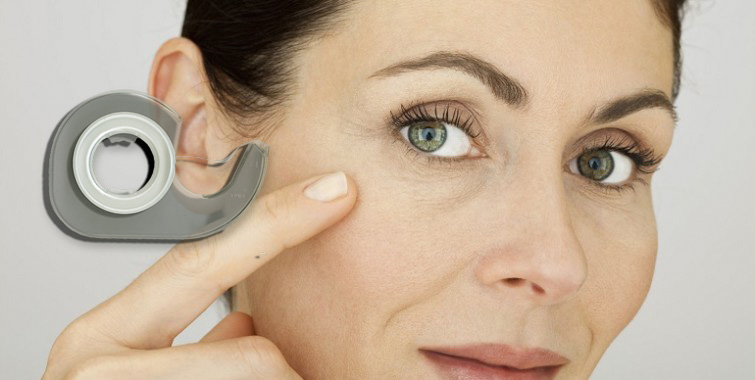 Cinta adhesiva para eliminar las arrugas