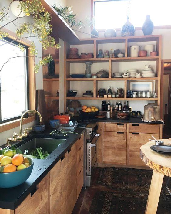 Las plantas no pueden faltar en la decoración ecológica de nuestra cocina