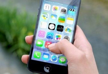 las bacterias más peligrosas que viven en tu teléfono movil