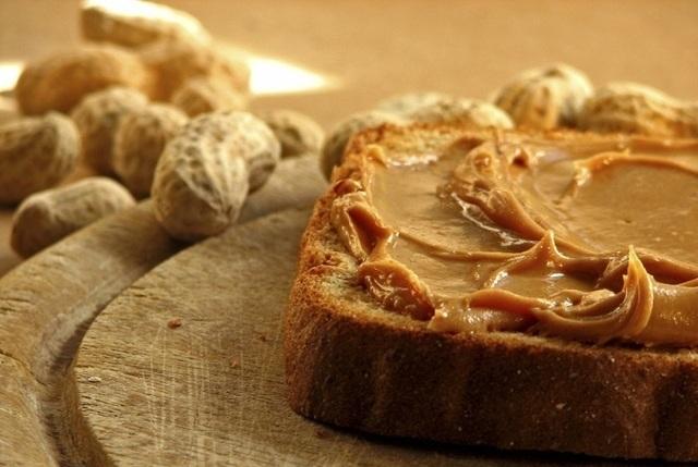 calmar antojos con mantequilla de maní
