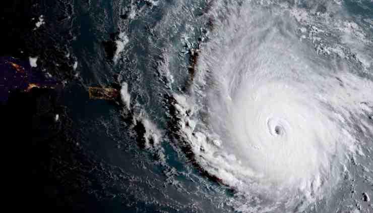 huracanes muy poedrosos huracán irma