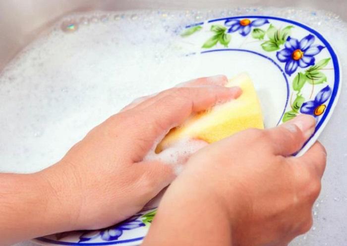 lavar los platos beneficios