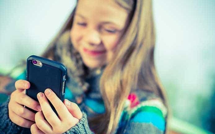 usar celulares perjudica a los niños