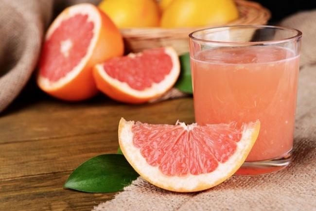 Delicioso jugo para desinflamar el vientre abultado