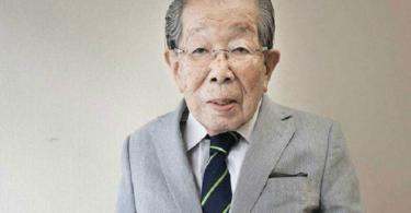 Médico japonés de 104 cuenta su secreto para vivir tantos años