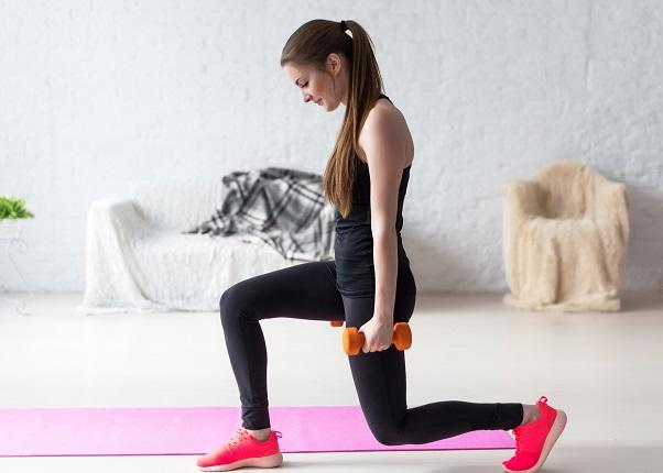mejorar la movilidad con zancadas