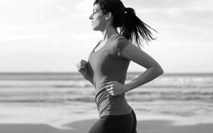mujeres de 40 haciendo ejercicio