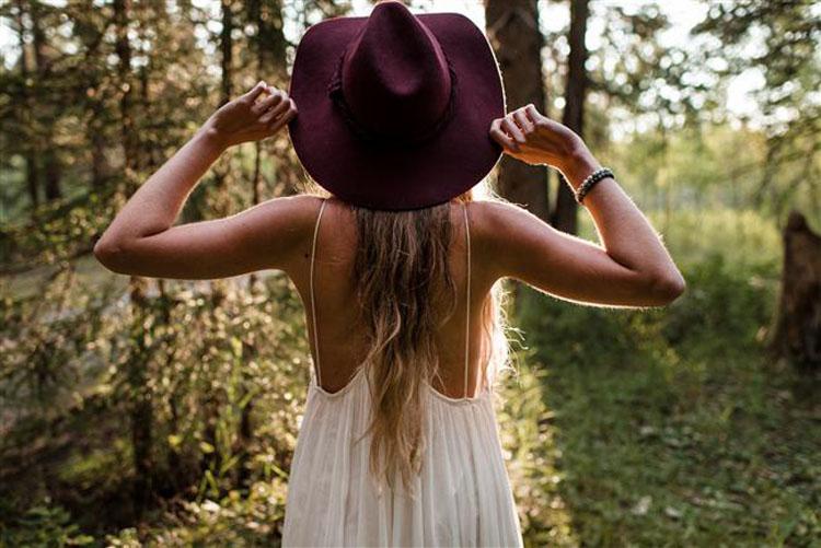 Mujer que se siente libre
