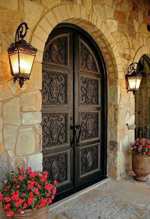 puerta principal en armonía