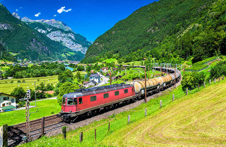 Freight train climbs up the Gotthard railway. The traffic will be diverted to the Gotthard Base Tunnel in December 2016.