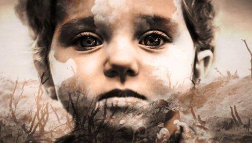 niño con lágrimas en los ojos