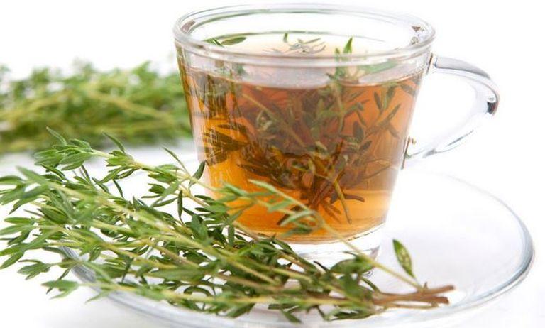 té de tomillo infusión