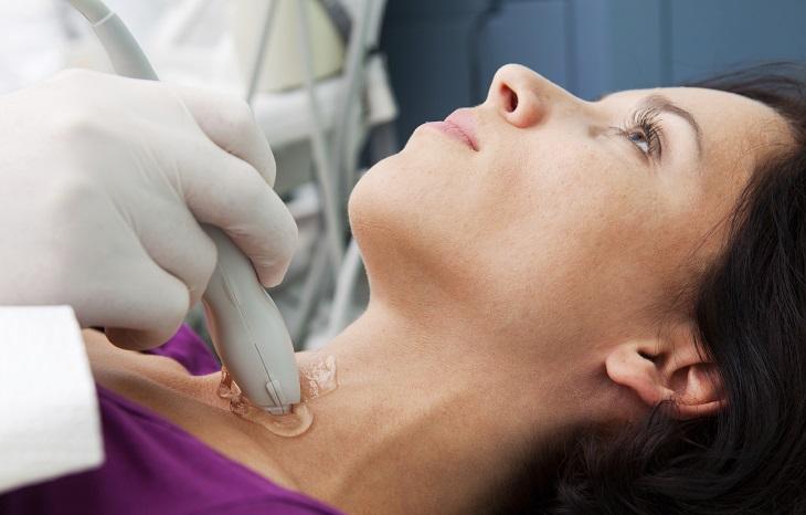 cuidado de las hormonas tiroideas