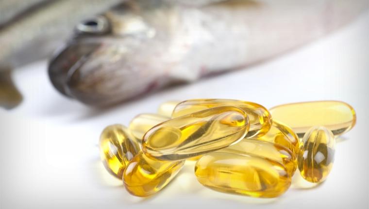 tomar vitaminas y omega 3
