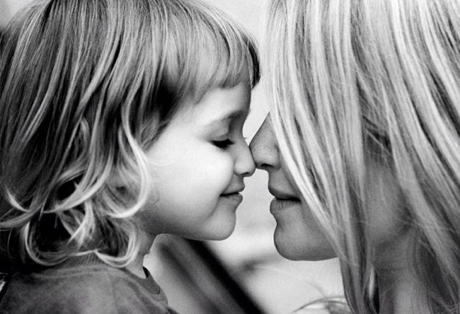 madre junto a su hija