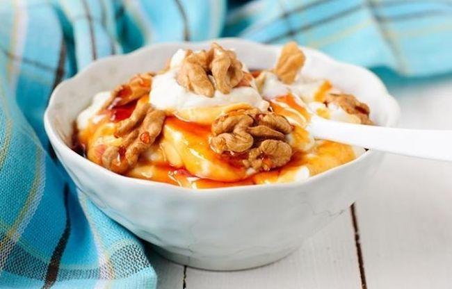 frutos secos con yogurt y avena