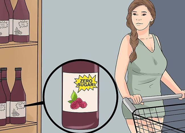 mujer realizando compras en el supermercado