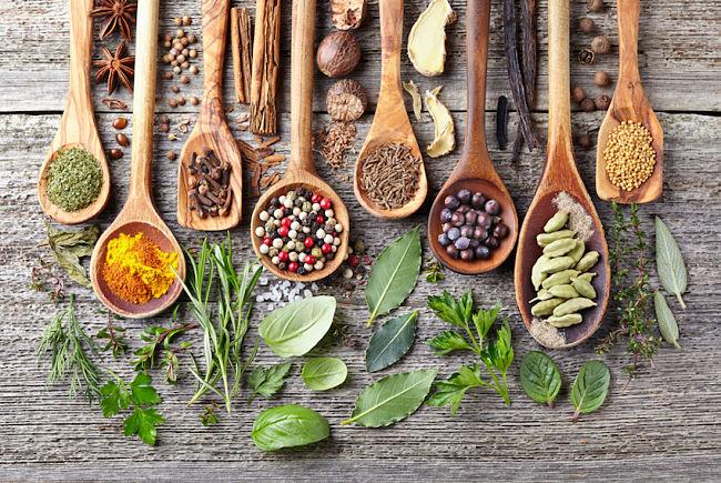 Hierbas y suplementos para eliminar el sobrecrecimiento de  cándida albicans