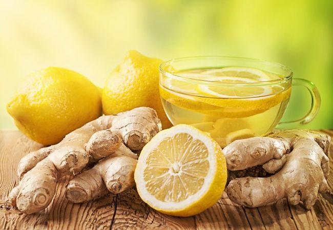 un té verde con jengibre y limón para curar el intestino permeable