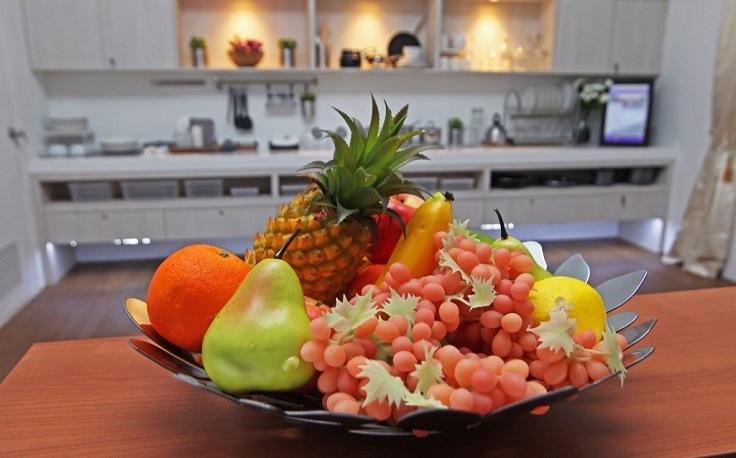 fruta de plástico para decorar tu casa