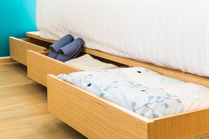 30 ideas para almacenar debajo de la cama