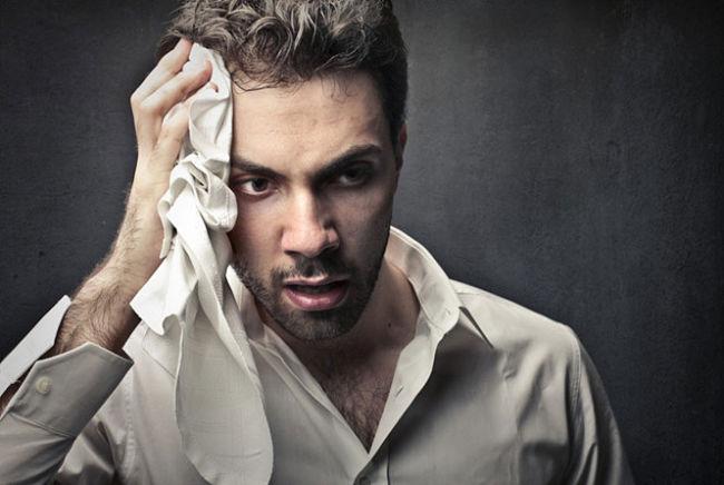 Las causas del sudor frío o sudoración excesiva